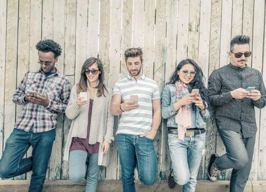 Mobile-web-users-vs-mobile-app-user